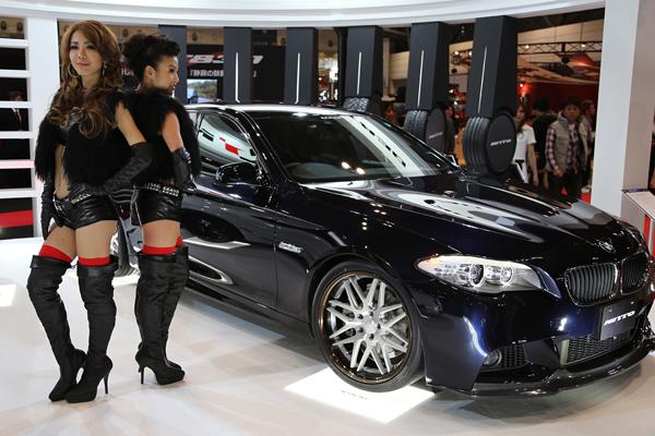 Les Sexy Babes Du Tokyo Auto Salon 2013  Adala News-9105